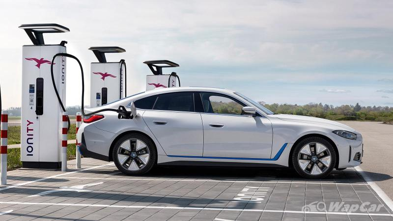 Malaysia-bound BMW i4 debuts with first all-electric BMW M performance model 02