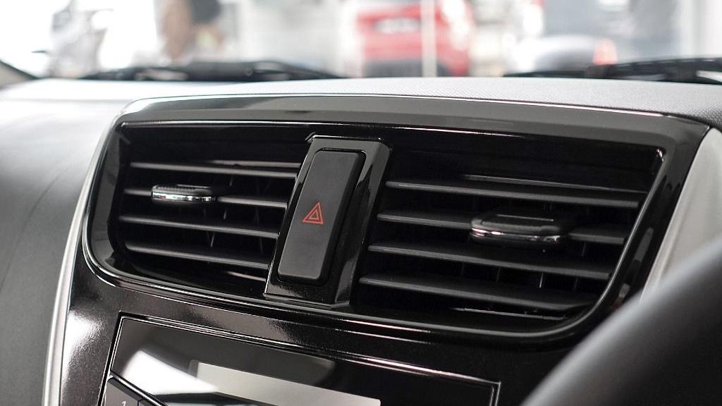 2018 Perodua Axia SE 1.0 AT Interior 013