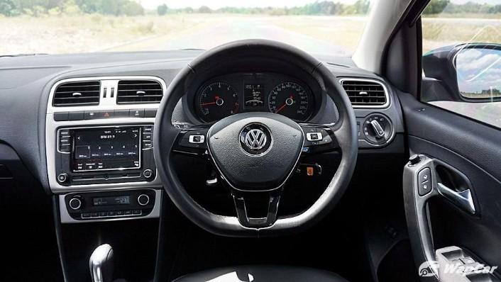 2018 Volkswagen Vento 1.2TSI Highline Interior 002