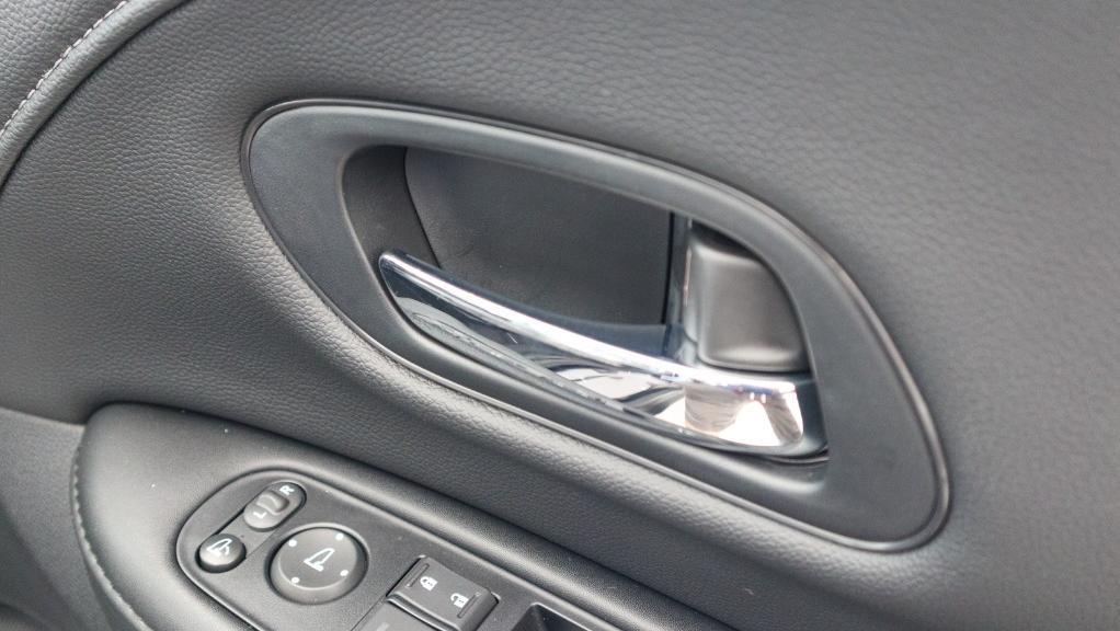 2019 Honda HR-V 1.8 E Interior 049