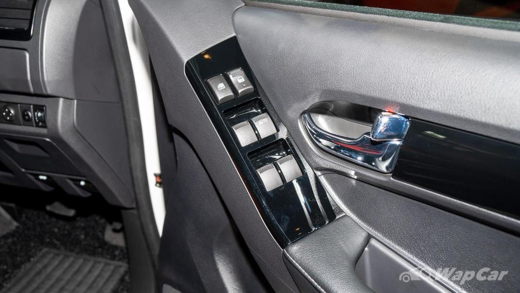2020 Isuzu D-Max Stealth 1.9L 4×4 AT Interior 023