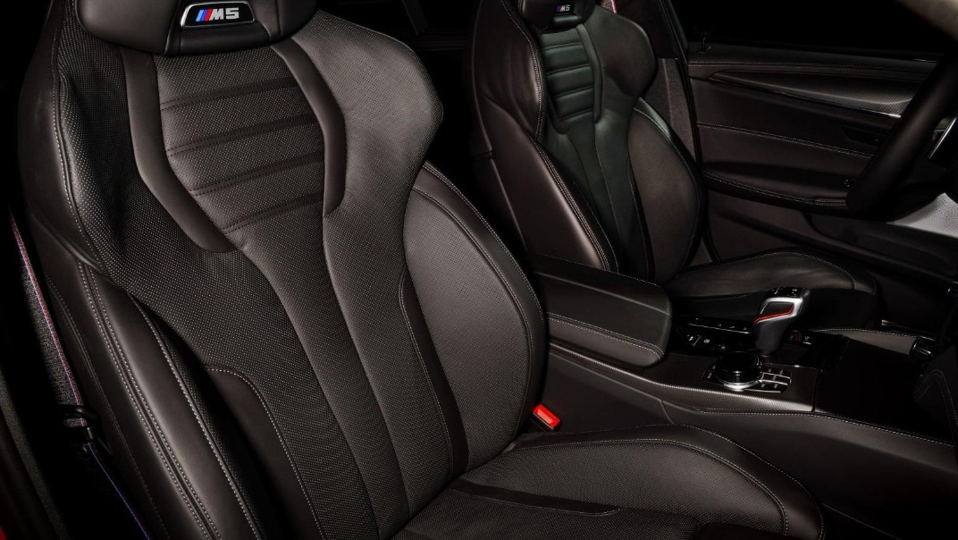 2020 BMW M5 Interior 009