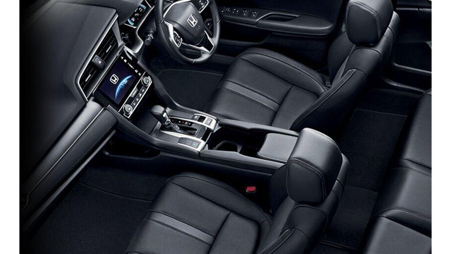 Honda Civic (2018) Interior 009