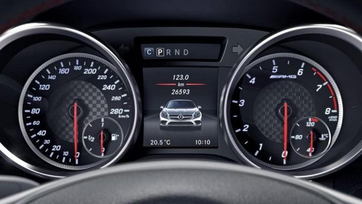 Mercedes-Benz SLC AMG (2019) Interior 003