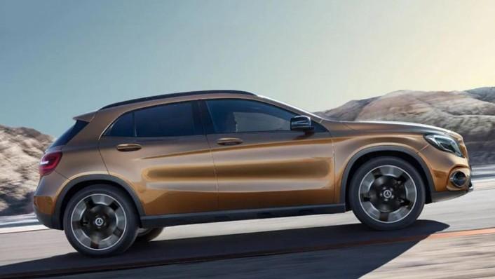 Mercedes-Benz GLA (2018) Exterior 007