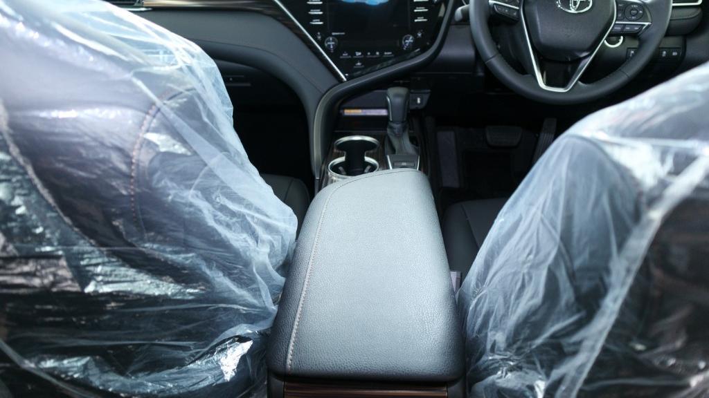 2019 Toyota Camry 2.5V Interior 028