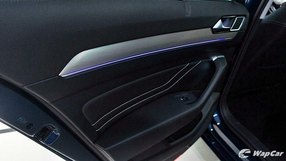 2020 Volkswagen Passat 2.0TSI Elegance Interior 122