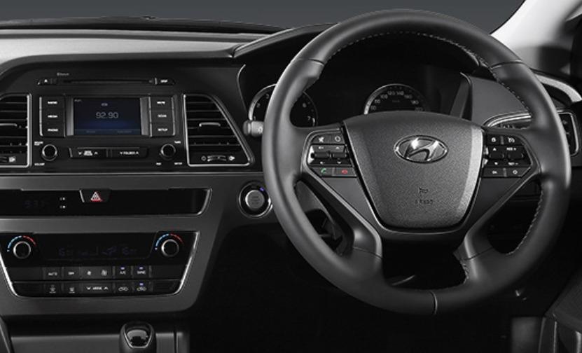 Hyundai Sonata (2017) Interior 002