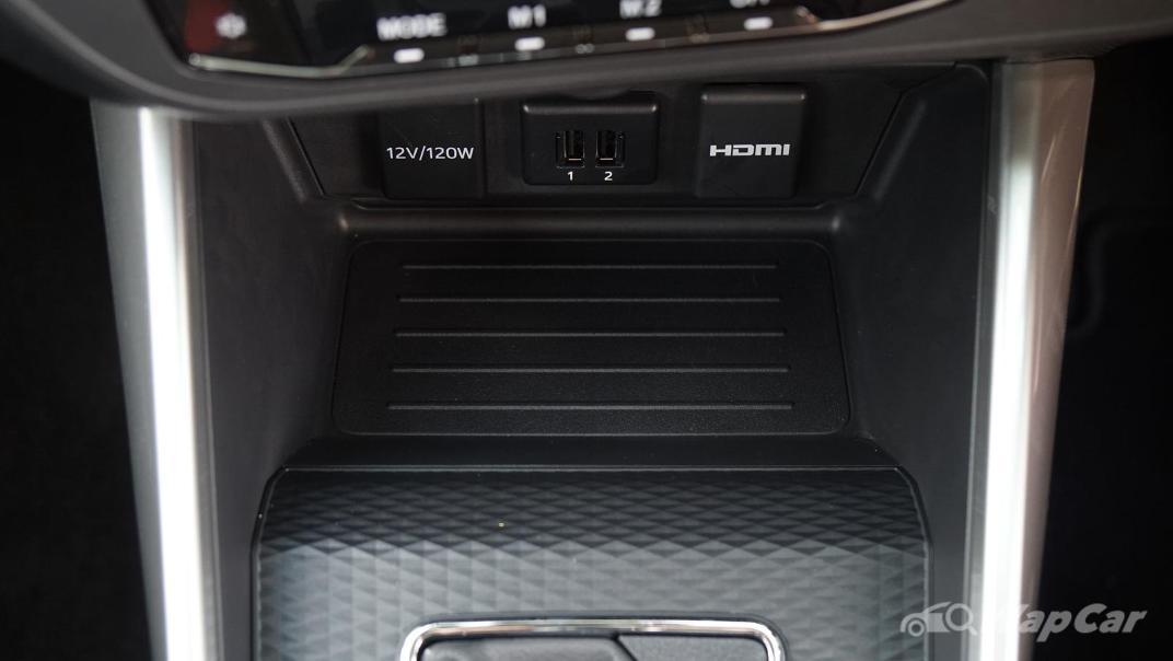 2021 Perodua Ativa 1.0L Turbo AV Special Metallic Interior 034