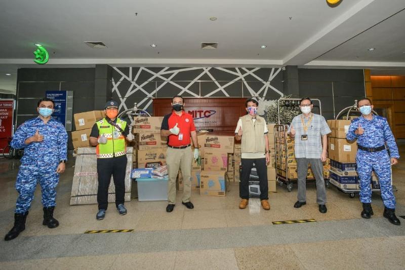 Honda Malaysia donates a Honda BR-V to the Melaka Covid-19 quarantine centre staff 02