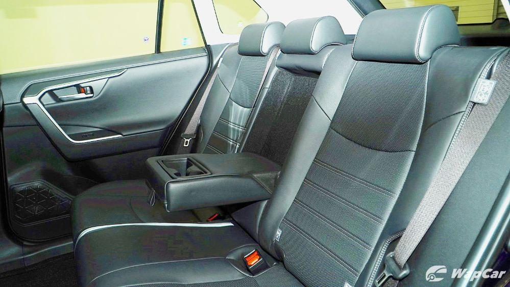 2020 Toyota RAV4 2.5L Interior 099