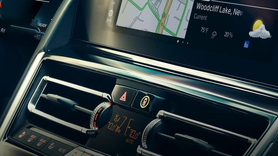 BMW 8 Series (2019) Interior 005