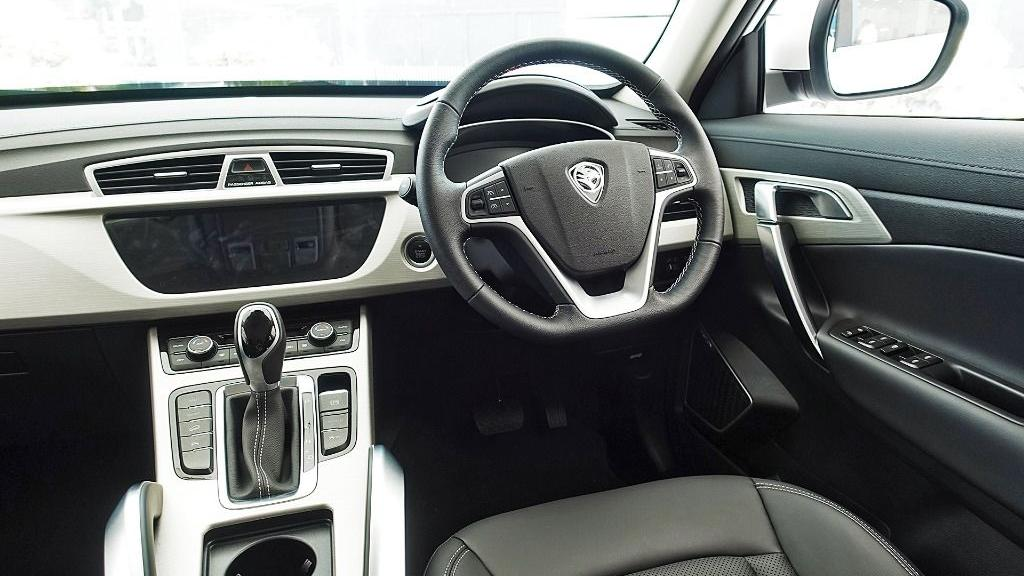 2018 Proton X70 1.8 TGDI Executive AWD Interior 004