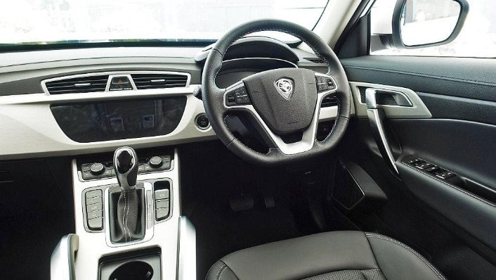 2018 Proton X70 1.8 TGDI Executive AWD Interior 004