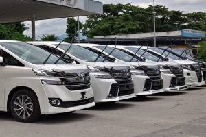 AG: Ports are releasing illegal 'recond' cars, Customs on hunt