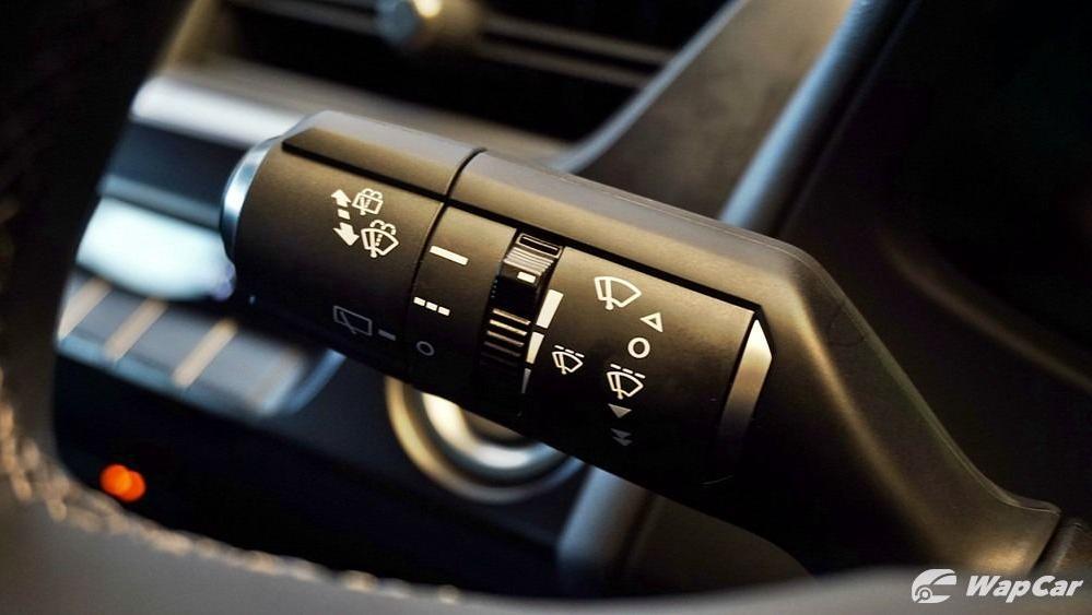 2020 Lexus UX 200 Urban Interior 008