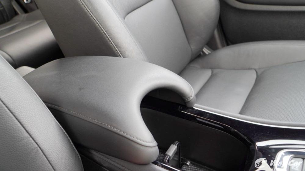 2019 Honda HR-V 1.8 RS Interior 055