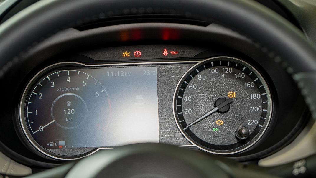 2020 Nissan Almera 1.0L VLT Interior 005