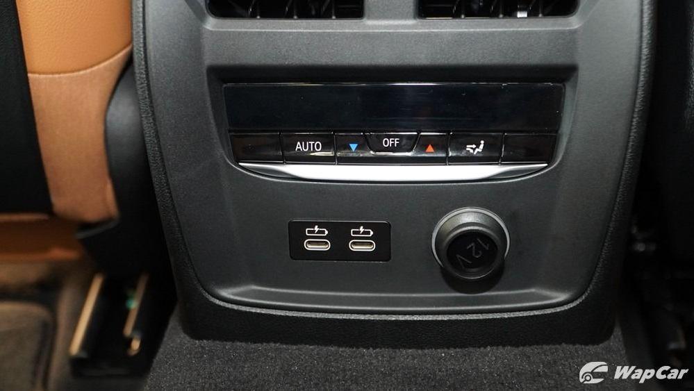 2019 BMW 3 Series 330i M Sport Interior 060