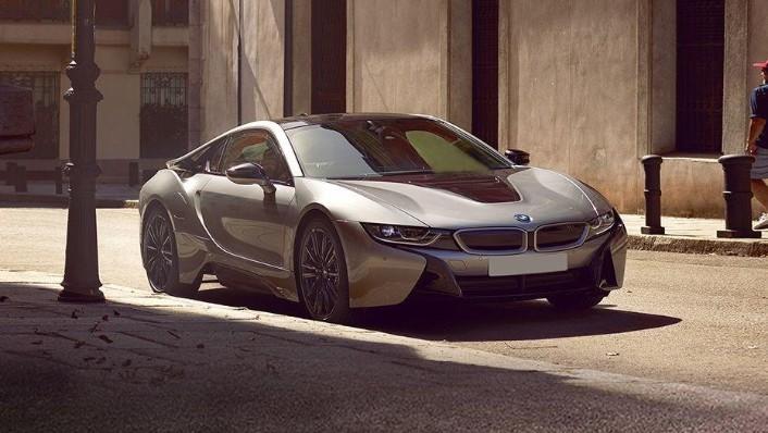 BMW i8 Coupe (2019) Exterior 003