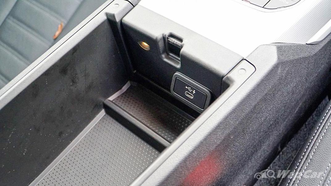 2020 BMW 3 Series 320i Sport Interior 055