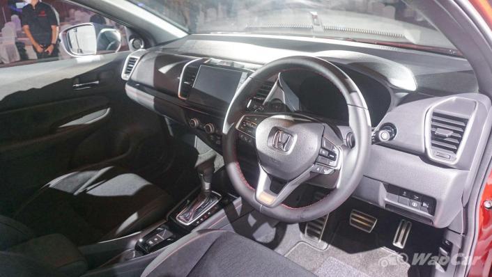 2020 Honda City RS 1.5 Hybrid Interior 004
