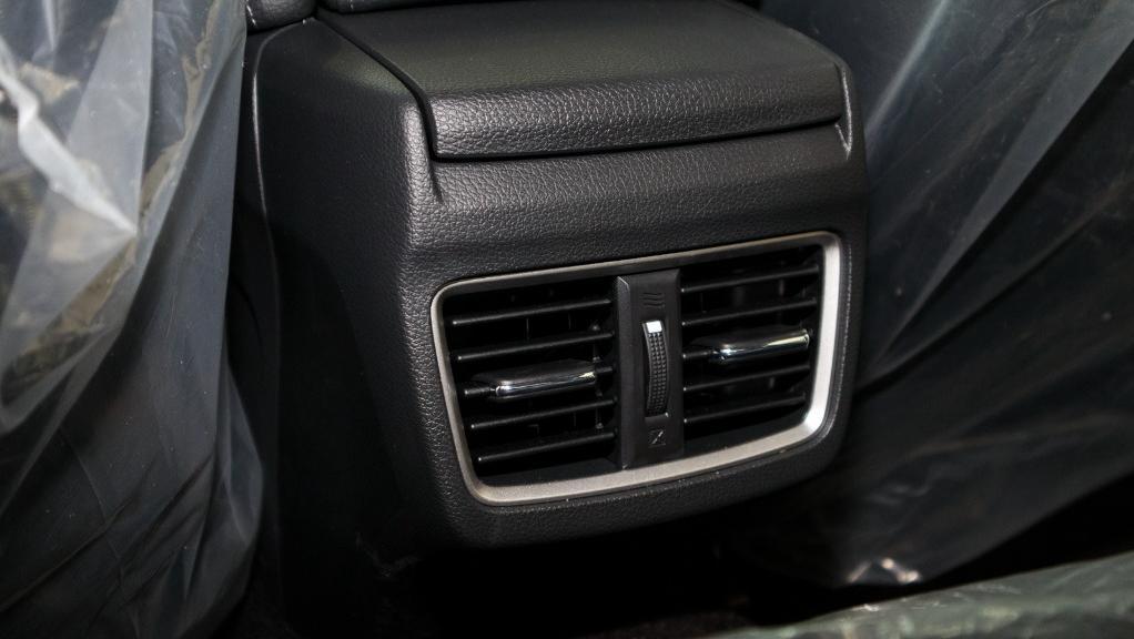 2018 Honda Civic 1.5TC Premium Interior 046