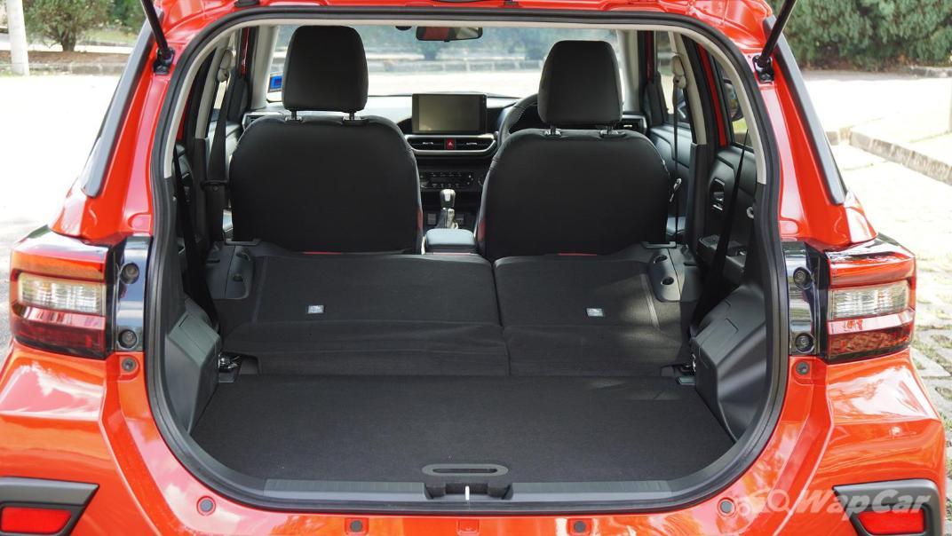 2021 Perodua Ativa 1.0L Turbo AV Special Metallic Interior 085