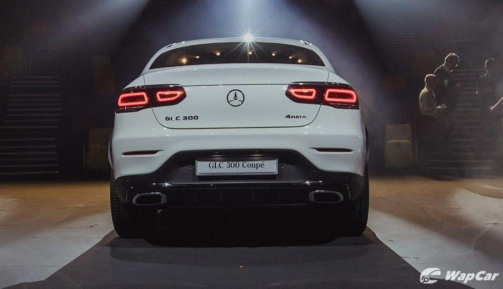 A sexy back that you can't stop following - the new Mercedes-Benz GLC Coupe facelift  01