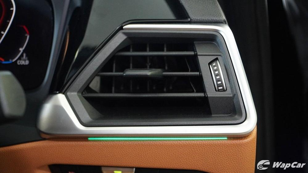 2019 BMW 3 Series 330i M Sport Interior 027