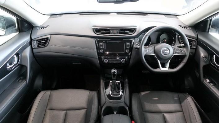 2019 Nissan X-Trail 2.5 4WD Interior 001