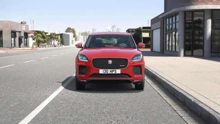 Jaguar E-Pace (2018) Exterior 002