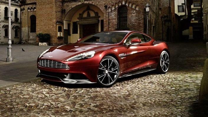 Aston Martin Vanquish (2018) Exterior 001
