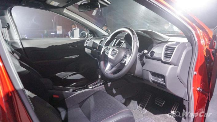 2020 Honda City RS 1.5 Hybrid Interior 002