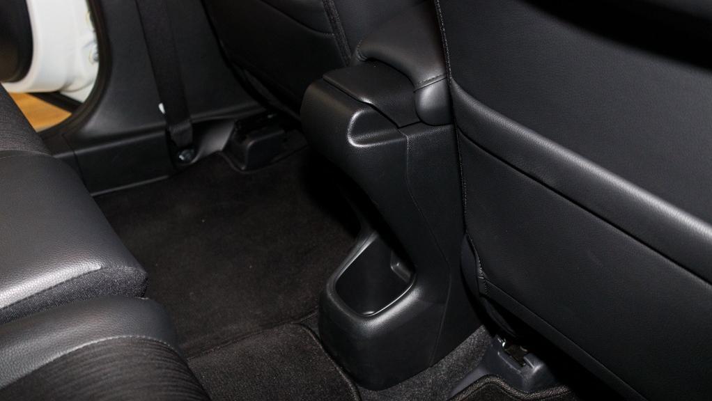 2019 Honda HR-V 1.5 Hybrid Interior 033