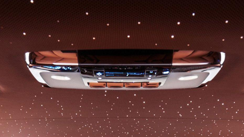 2017 Rolls-Royce Phantom Phantom Interior 010