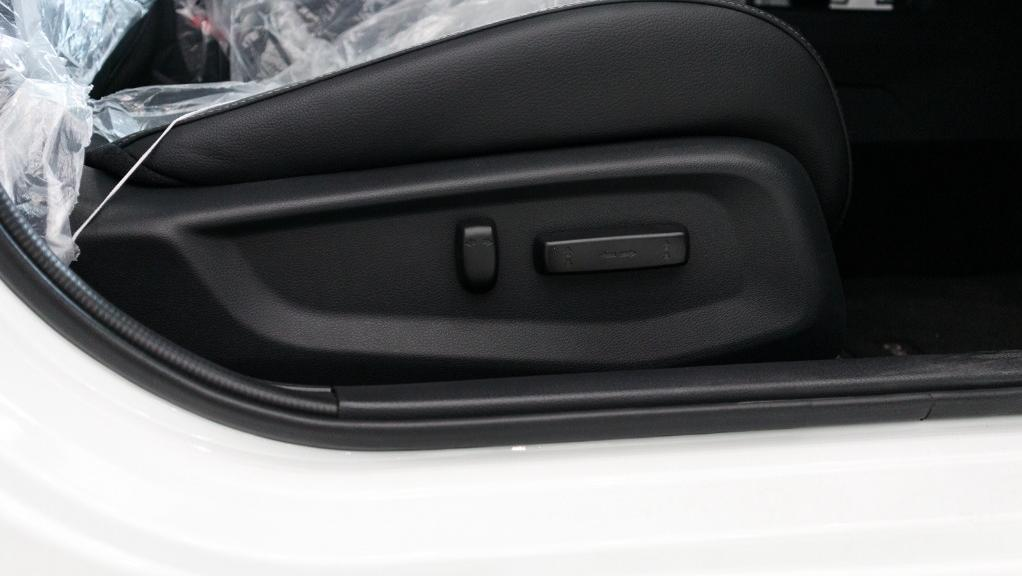 2018 Honda Civic 1.5TC Premium Interior 048