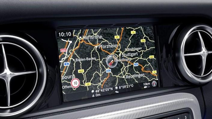 Mercedes-Benz SLC (2018) Interior 006