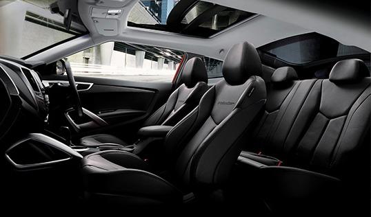 Hyundai Veloster (2017) Interior 010