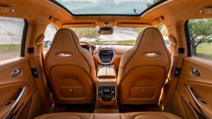 2021 Aston Martin DBX Interior 001