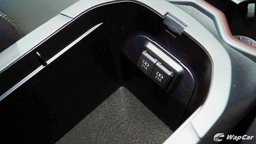 2020 Toyota RAV4 2.5L Interior 104
