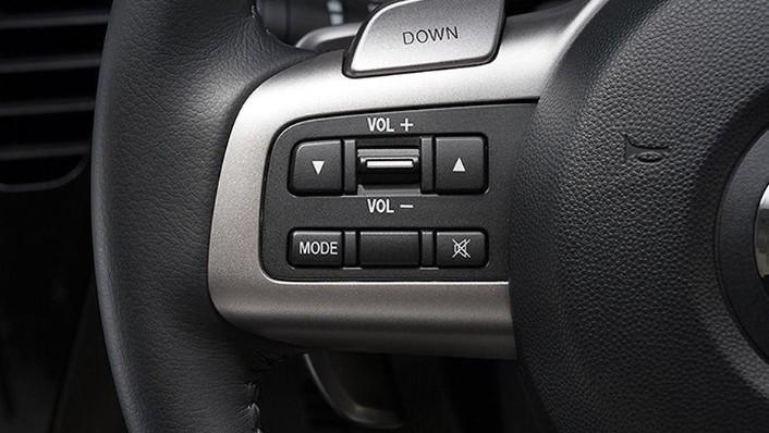 Mazda Biante (2017) Interior 002
