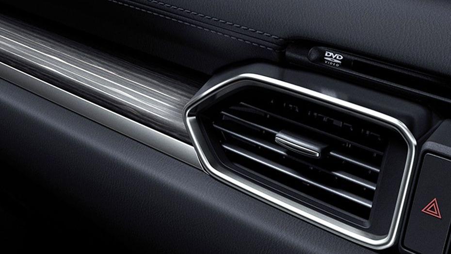 Mazda CX-5 (2018) Interior 005
