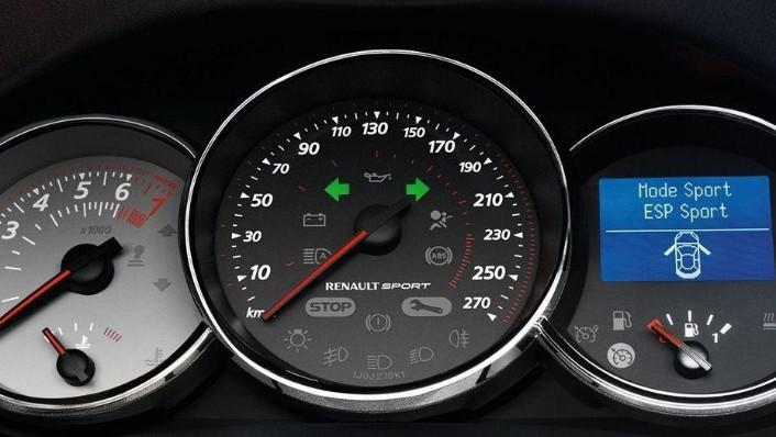 Renault Megane RS  Public (2015) Interior 004