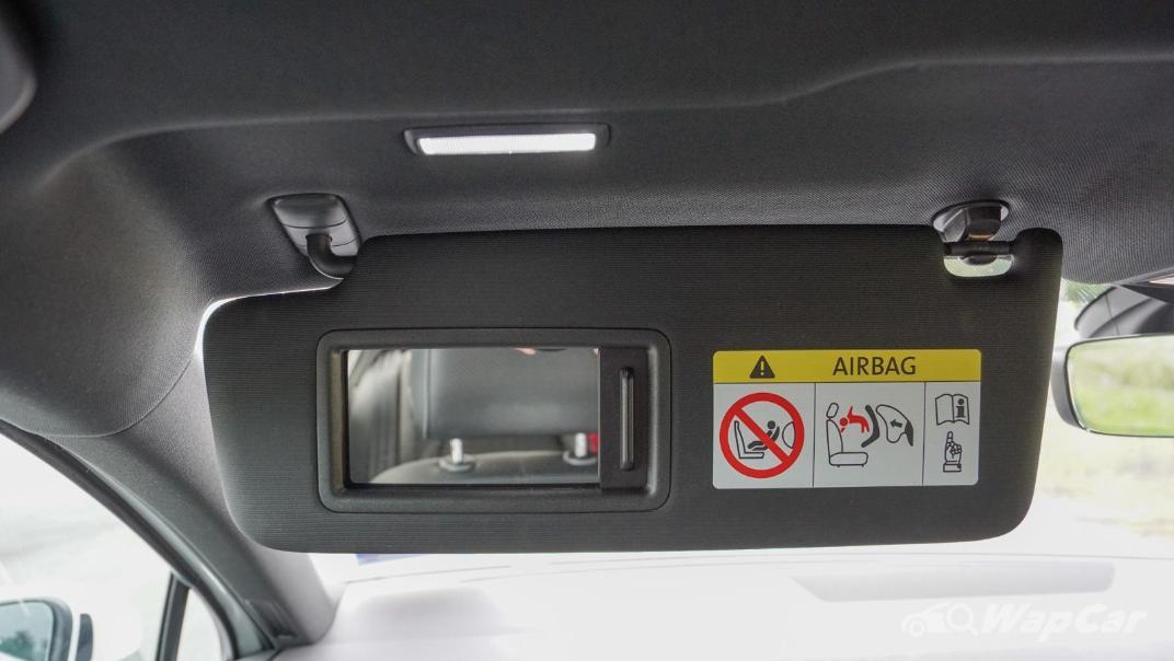 2020 Volkswagen Passat 2.0TSI R-Line Interior 013