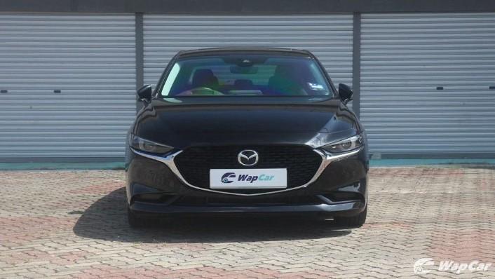 2019 Mazda 3 Sedan 2.0 SkyActiv High Plus Exterior 002