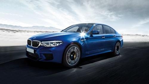 BMW M5 (2019) Exterior 001