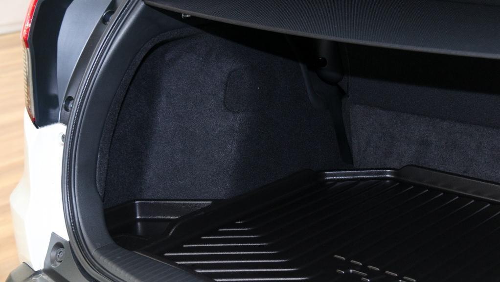 2019 Honda HR-V 1.5 Hybrid Interior 048