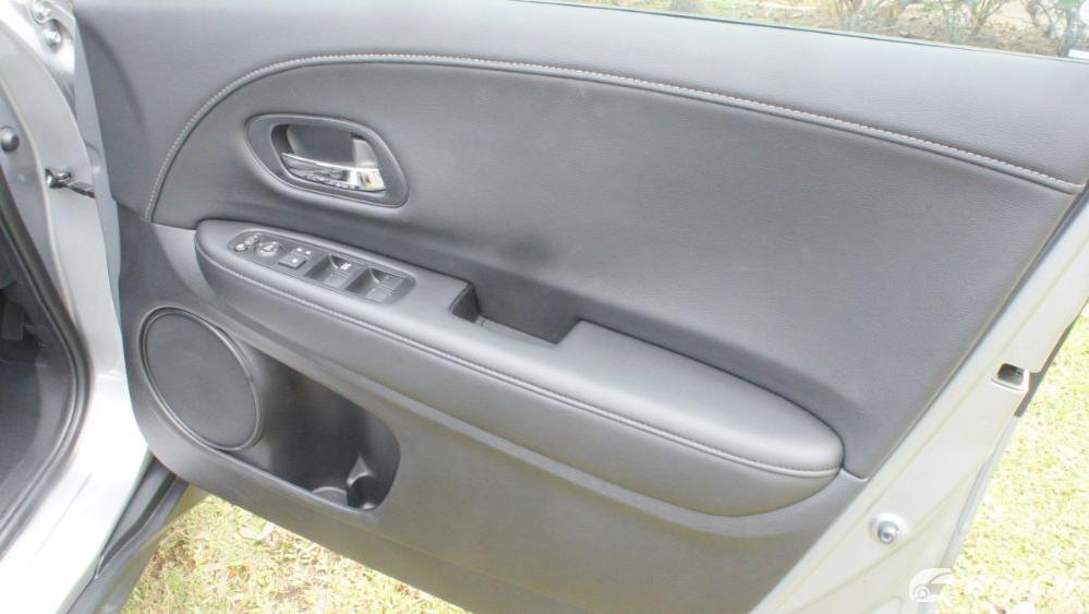 2019 Honda HR-V 1.5 Hybrid Interior 118