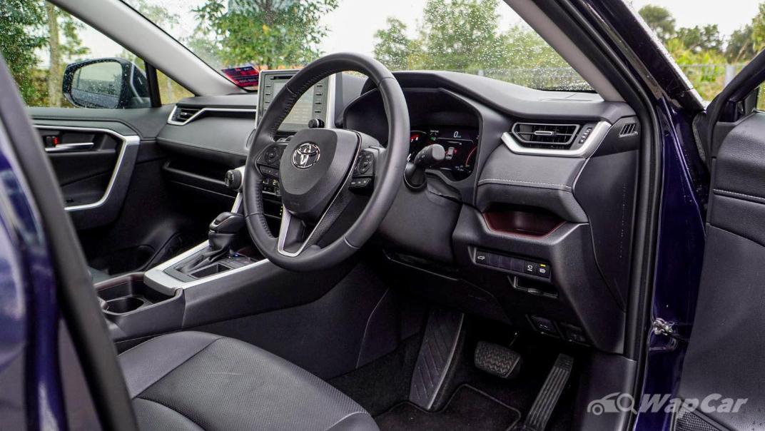 2020 Toyota RAV4 2.5L Interior 144